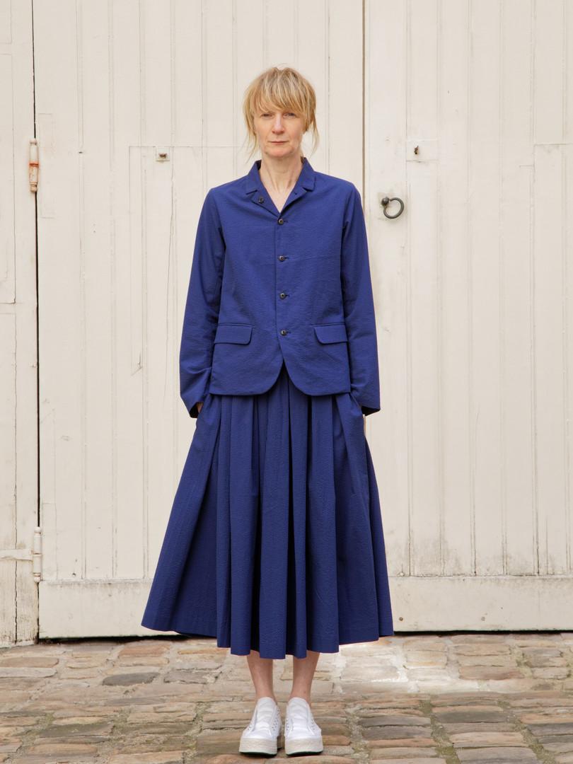 Jacket : JANE Navy Skirt : SOLANGE  Navy