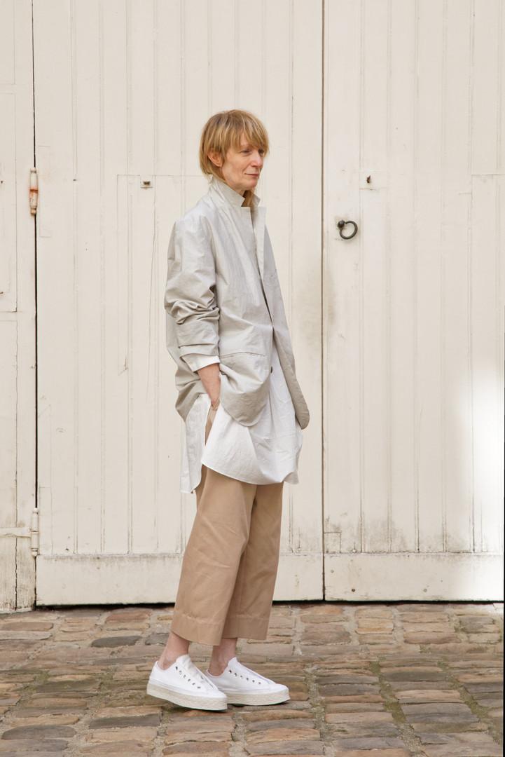 Jacket : EDOUARD Greige Shirt :STANLEY Pink beige Pants : PAUL  Pink beige