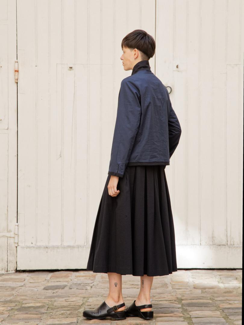 Jacket : JANE Black Skirt : SOLANGE  Black