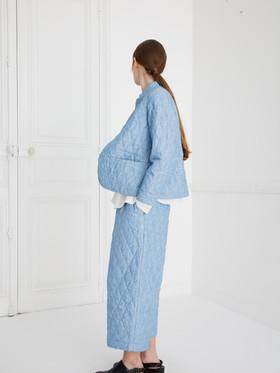 Jacket : JESSICA Washed blue  Shirt : SCOTT cotton Ivory Pants : PIERRE Washed blue
