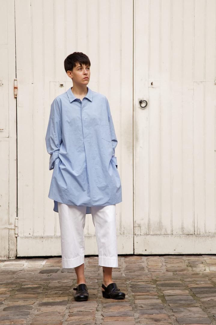 Shirt : STANLEY Light blue Pants : PAUL White