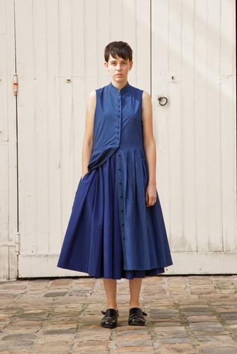 Dress : CLARA Navy Skirt : SOLANGE  Navy