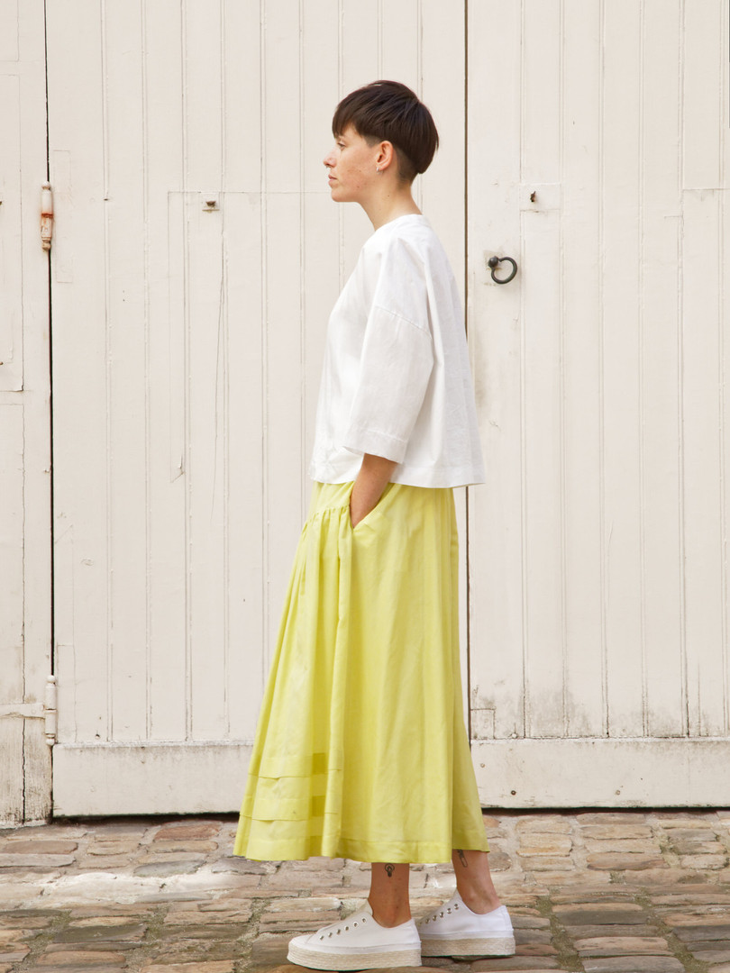 Top : THIBAUD White Skirt : SANDRINE  Yellow