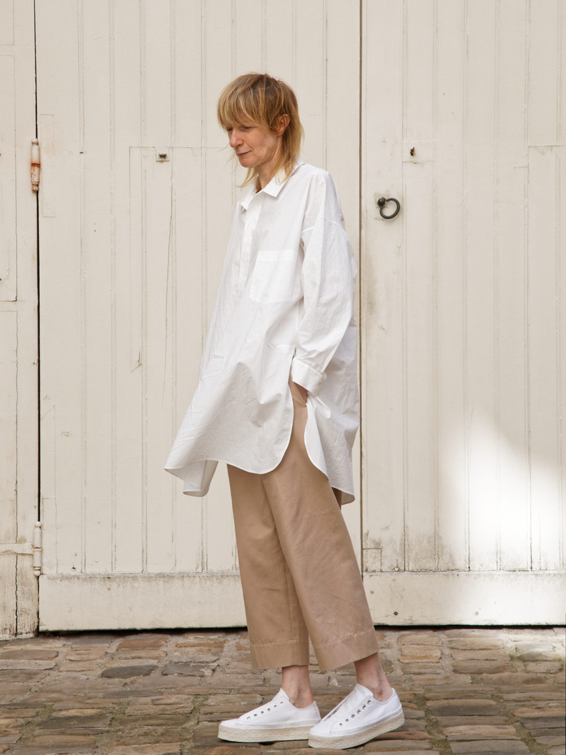 Shirt : STANLEY  White Pants : PAUL Pink beige