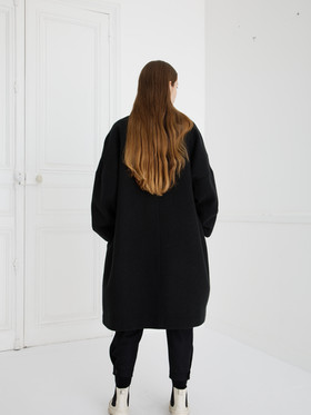 Coat : COPER Black Shirt :  SAM Ivory Pants : PHILIP Black