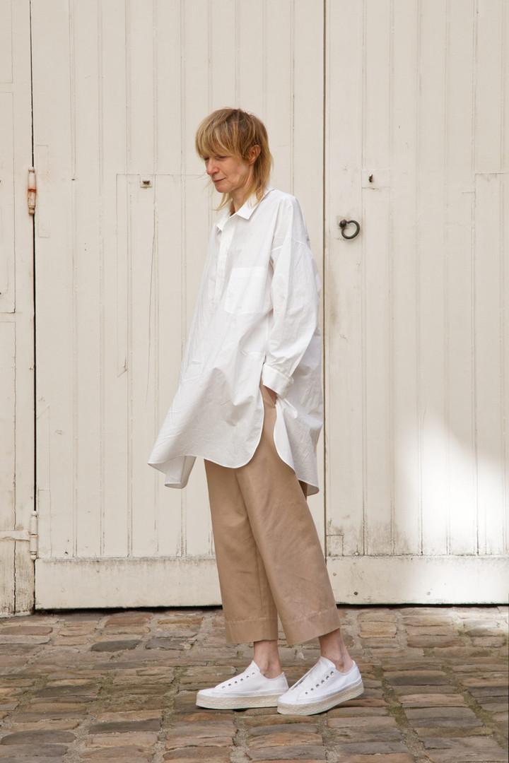 Shirt : STANLEY  White Pants : PAUL Pink beige