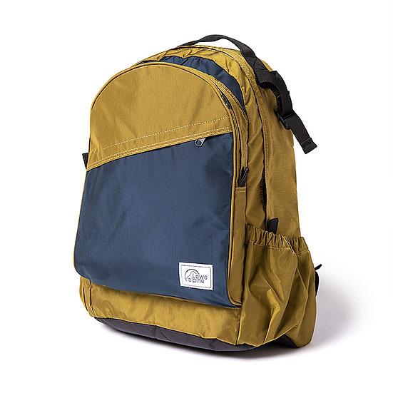 Adventurer Daypack