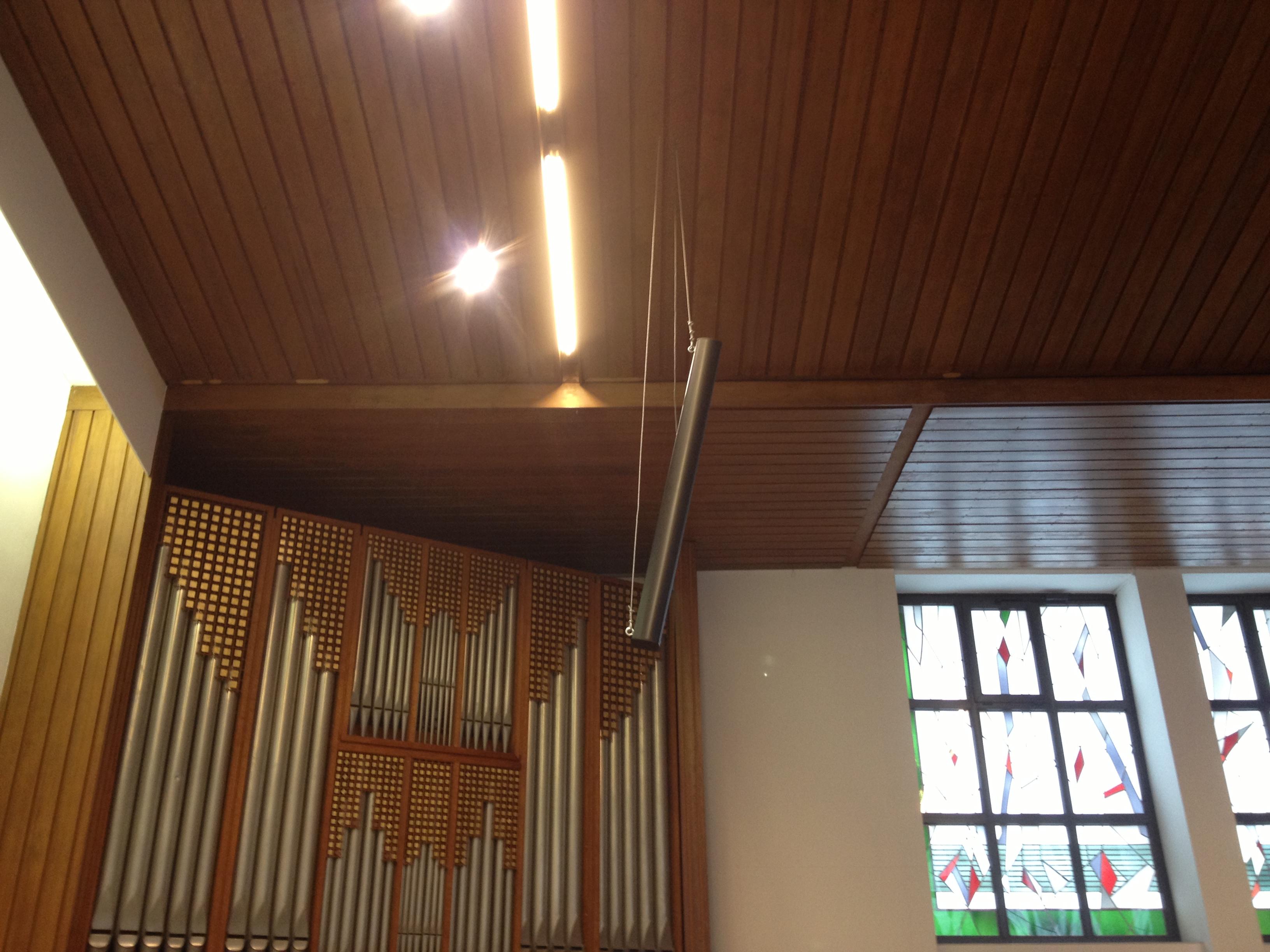 Kolibri-Medias-Kirche-Lautsprecher-Decke