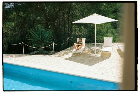 Leica M6 + Portra 400 - Lia Swimwear - Leica Mag - Miquel Soler