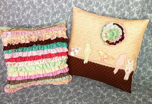rolling with ruffles pillow set