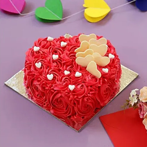 Beautiful Heart Shape Cake Half Kg