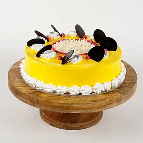 Choco Pineapple Cake Half Kg