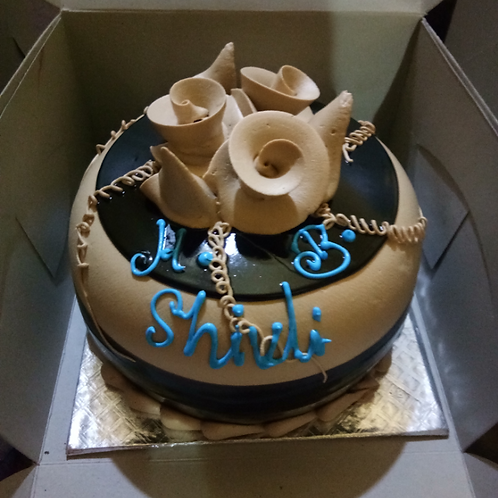 Designer Chocolate Cake Half kg
