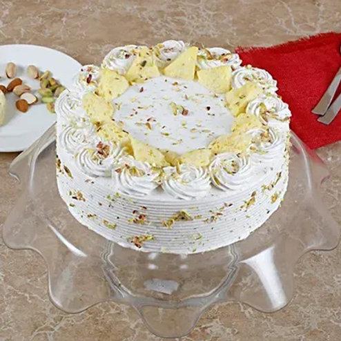 Vanilla Flavoured Pista Rasmalayi Cake
