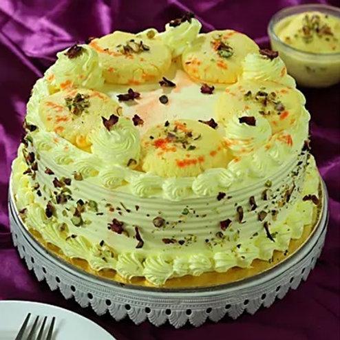 Butterscotch Rasmalayi Fusion Cake