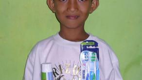 200 Zahnpflege-Sets