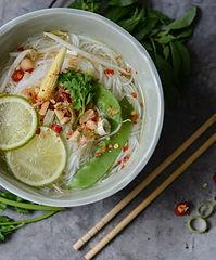 thailaendische-nudelsuppe-rezept-zutaten