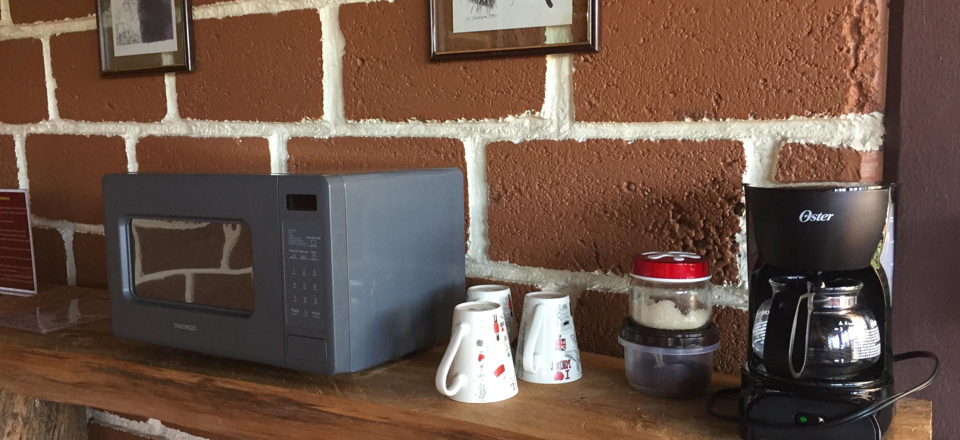 Microondas y Cafetera