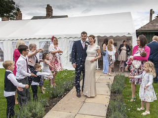 Why You Should Consider a Small Wedding