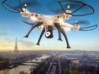 Граждане, владеющие небольшими квадрокоптерами и дронами, должны помнить о правилах выполнения полет