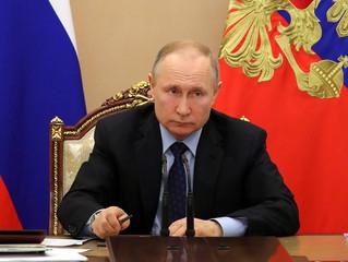 Россиянам с низкими доходами оказать дополнительную поддержку, а школы должны иметь быстрый Интернет