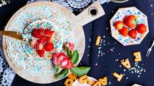 Liberty Betsy plates, frozen yoghurt taartje & koffie met Lucie van Mylucie