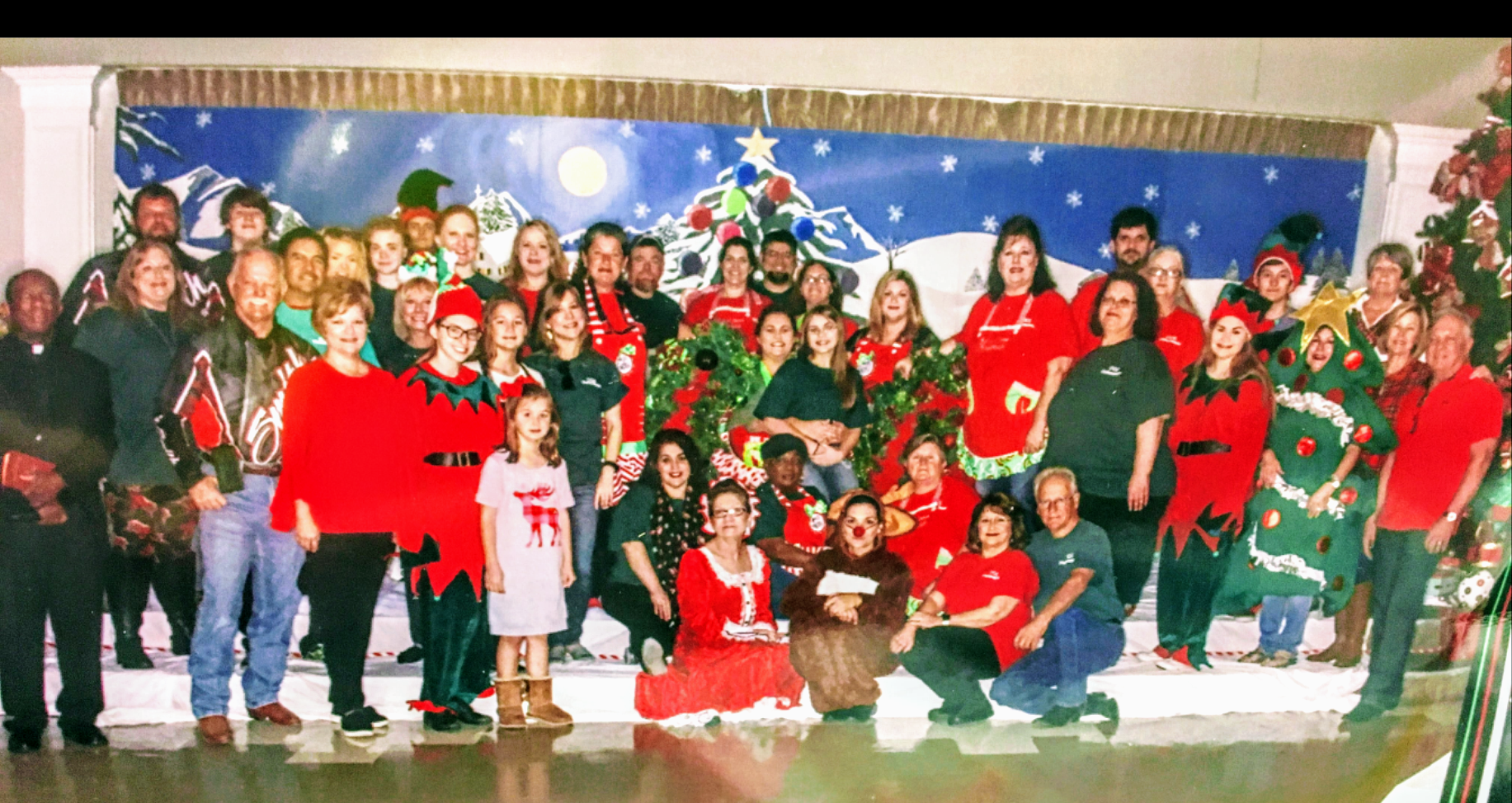 KidsChristmas2017Volunteers