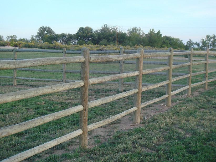 Standard 4 rail fence