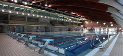 Binnen zwembad sporthal