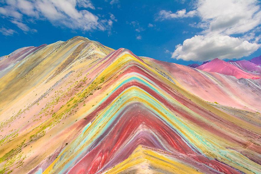 Vinicunca-color-mountain-Peru.jpg