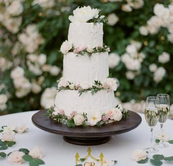 Wedding in secret Garden