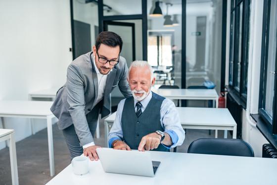 Leading a multigenerational team in a hybrid workplace