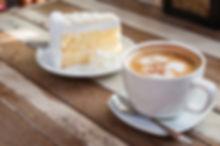 """ALT=""""Kaffee und selbst gebackener Kuchen"""""""