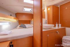 Fwd cabin2.jpg