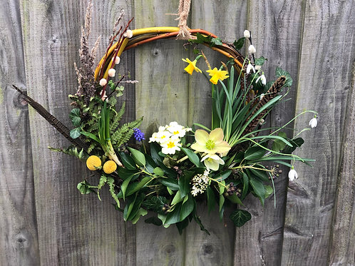 Spring living wreath