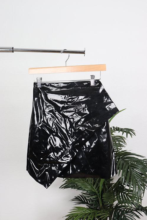 Shiny Black Loop Skirt | sm