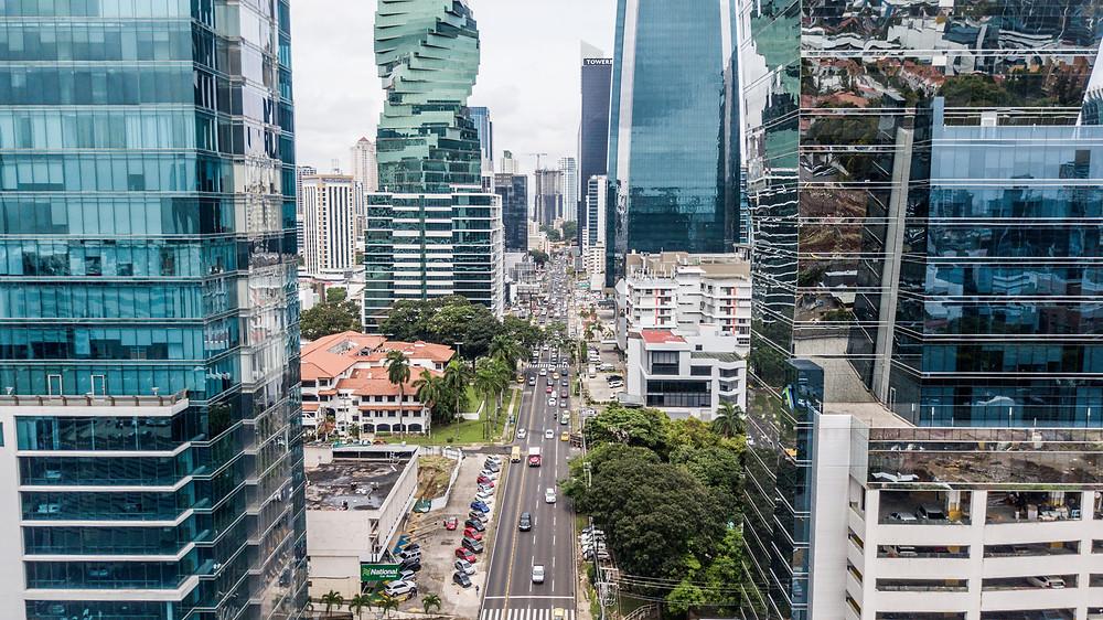 Foto aérea de calle 50, ciudad de Panamá