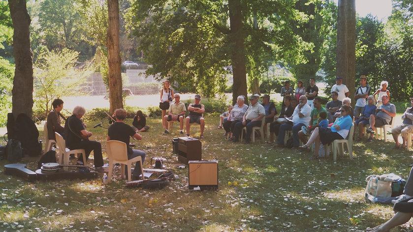 musique traditionnelle Auvergne- Les Grillons