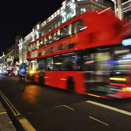UK electric buses boosted by innovative £20m battery deal