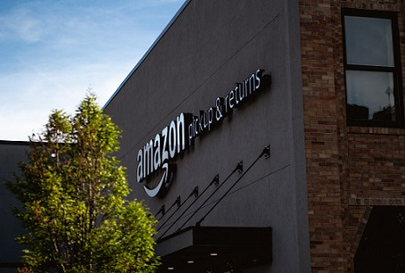 Amazon under fire for new packaging that cannot be recycled