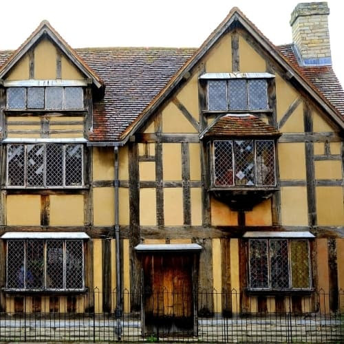 The outside of Shakespeares House in Stratford-upon-Avon