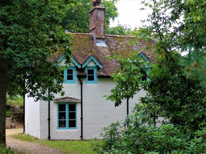 CLOUDS HILL: THE AUSTERE DORSET RETREAT OF ARCHAEOLOGIST, SOLDIER, WAR HERO, AND WRITER, TE LAWRENCE