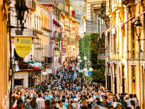 HOW TO AVOID OVERTOURISM