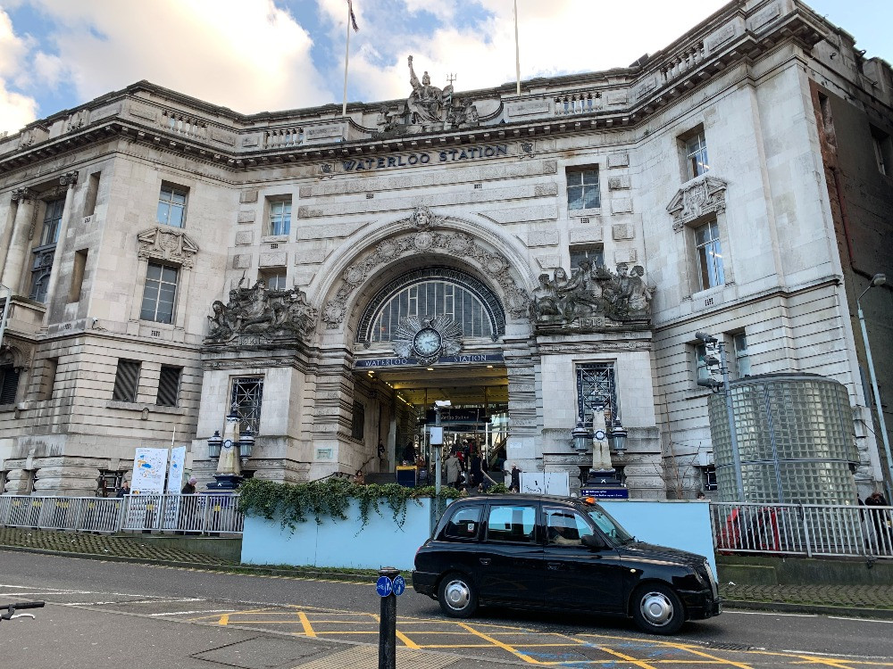 the outside of Victory Arch at Waterloo Station