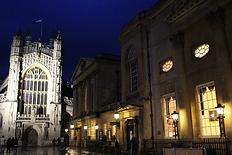 bath-abbey-roman-lights.png