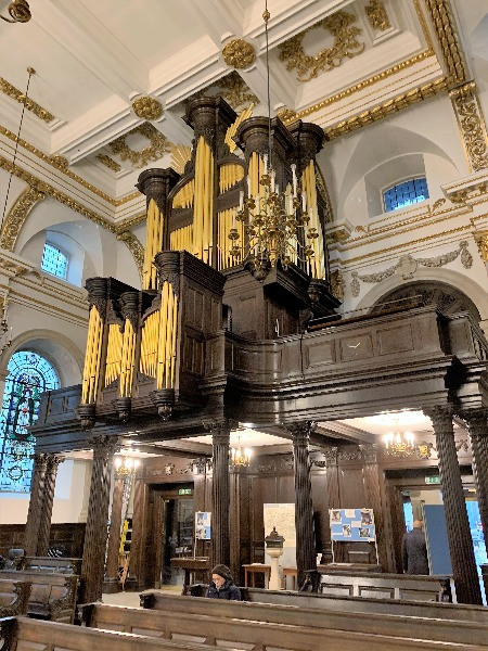 The huge organ in St Lawrence Jewry next Guildhall