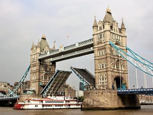 TOWER BRIDGE: BRITISH ICON AND STEAMPUNK MASTERPIECE