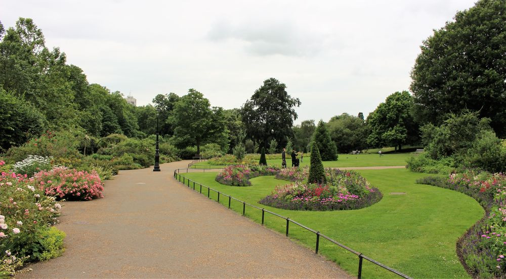 Lawns and flowerbeds in Hyde Park