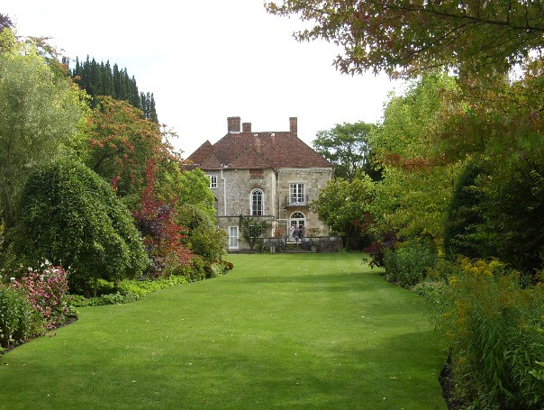 The outside and back garden of Arudells in Salisbury.
