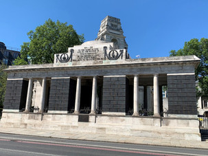MONUMENTS TO THE MERCHANT NAVY - THE TOWER HILL MEMORIAL